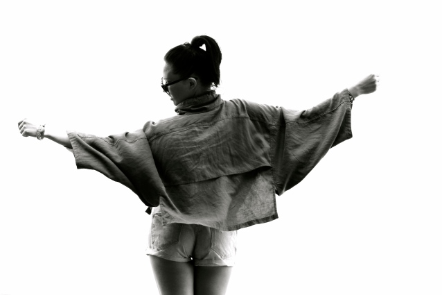 Linen Cape By T Alexander Wang