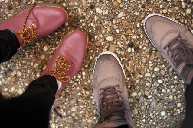 zara_oxford_shoe_mauve_yellow_lacing