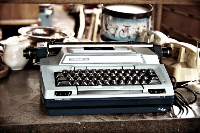 Vintage_typewriter_Williamsburg