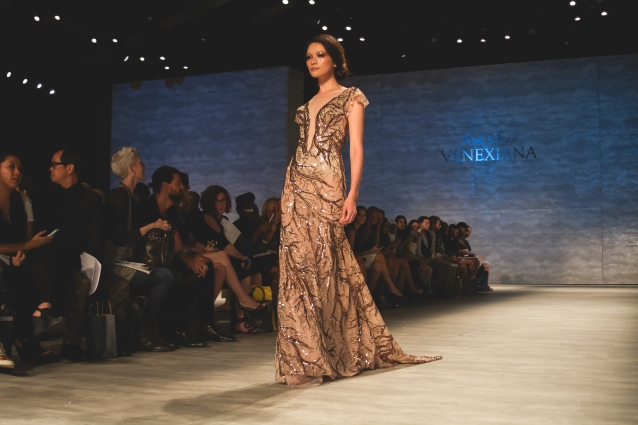 best_gowns_fashion_show_kati_stern_venexiana