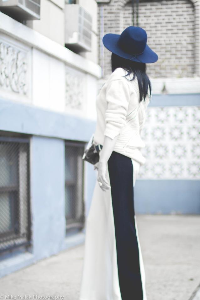 floppy_hat_knits_side_stripe_pants