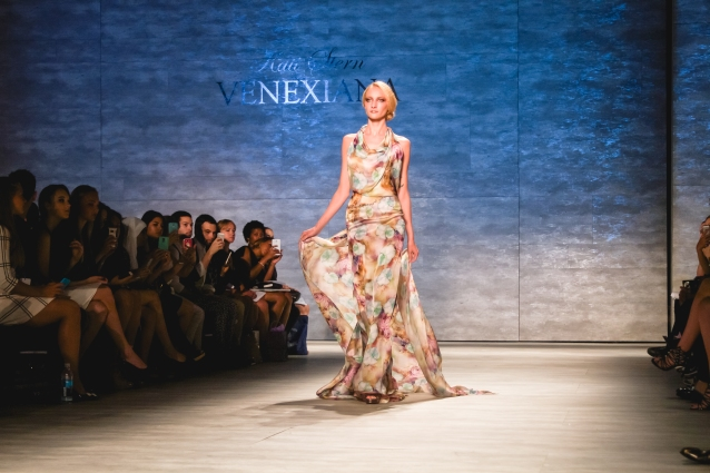 venexiana_floral_dress