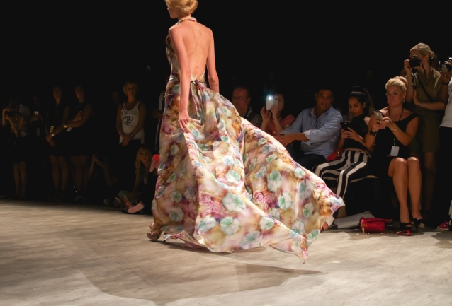 venexiana_floral_dress_gown