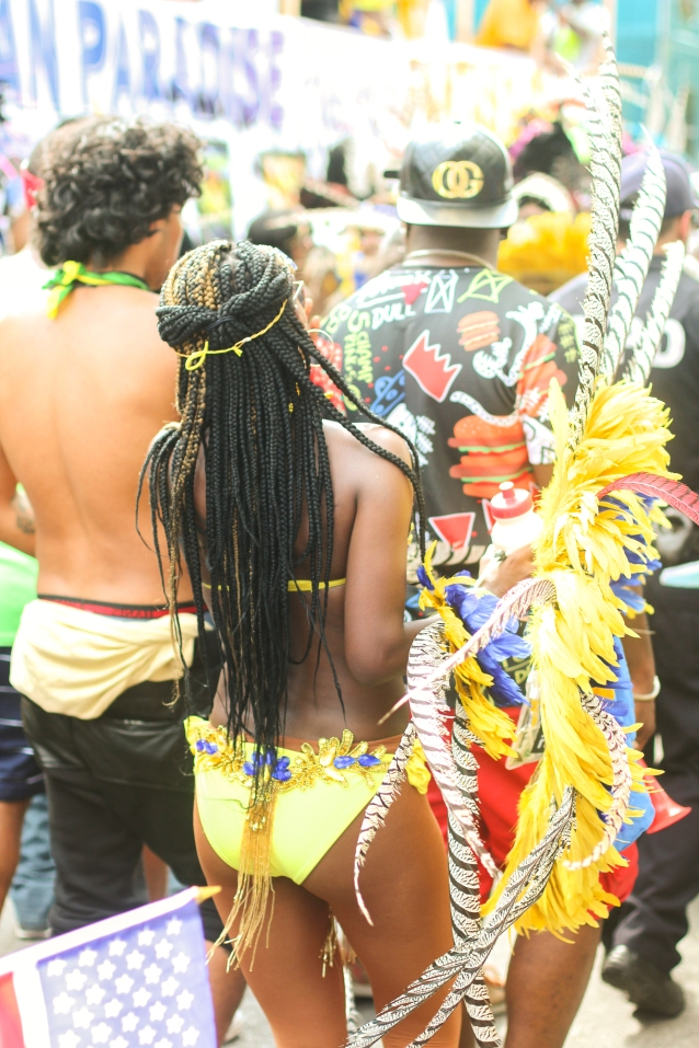western_indian_carribbean_festival_costumes_carnival-9