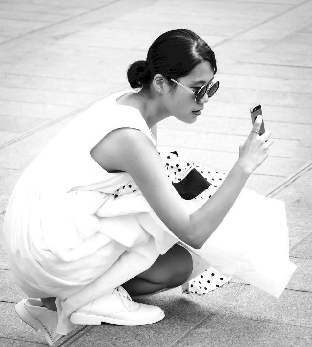white_look_polka_dot_detail_jacket